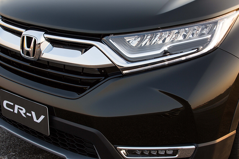 India-bound-2017-Honda-CR-V-headlamp (1).jpg