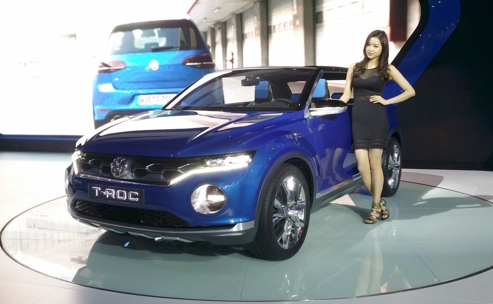 VW-T-ROC-front-three-quarter-at-the-2015-Seoul-Motor-Show.jpg