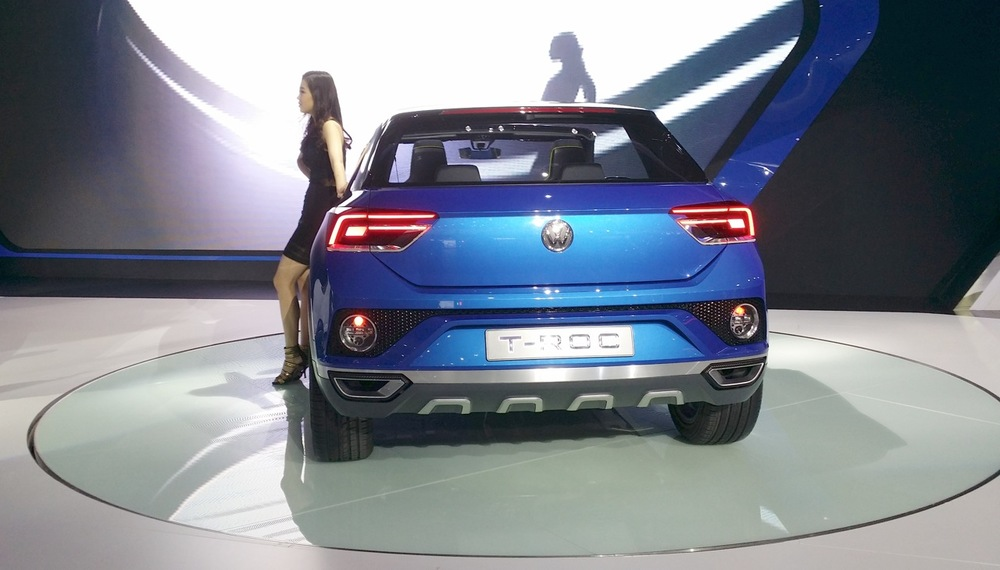 VW-T-ROC-rear-at-the-2015-Seoul-Motor-Show.jpg