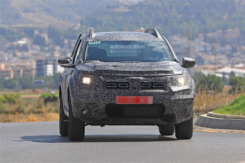 2019-dacia-duster-prototype-spied-for-the-first-time_2.jpg