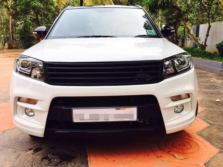 Custom-Maruti-Vitara-Brezza-with-dual-tone-white-and-black-exterior-front.jpg