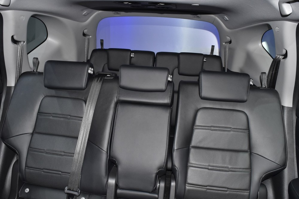 India-bound-2017-Honda-CR-V-7-seater-rear-cabin-at-the-BIMS-2017.jpg