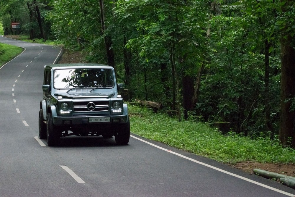 Transform-a-Force-Gurkha-into-a-Mercedes-G-Class-on-road.jpg