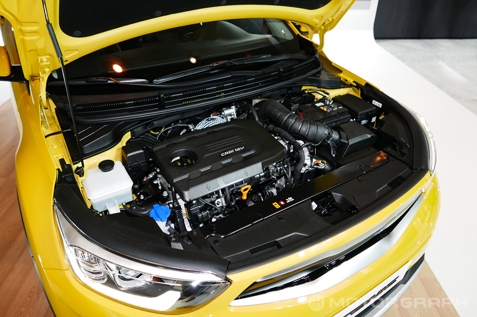 Kia-Stonic-engine.jpg