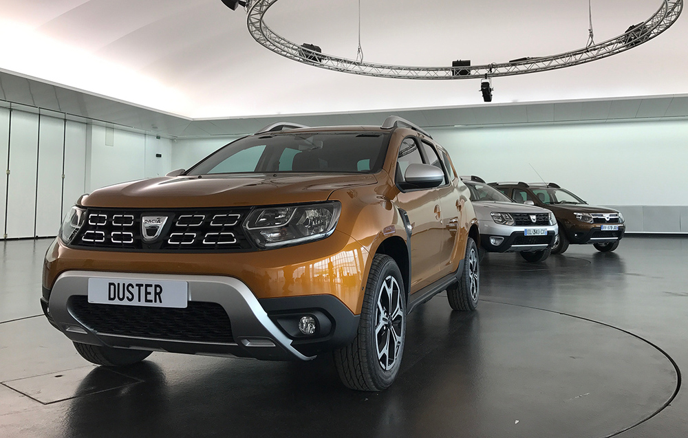 2018-Dacia-Duster-2018-Renault-Duster-front-three-quarters-left-side-second-image.jpg