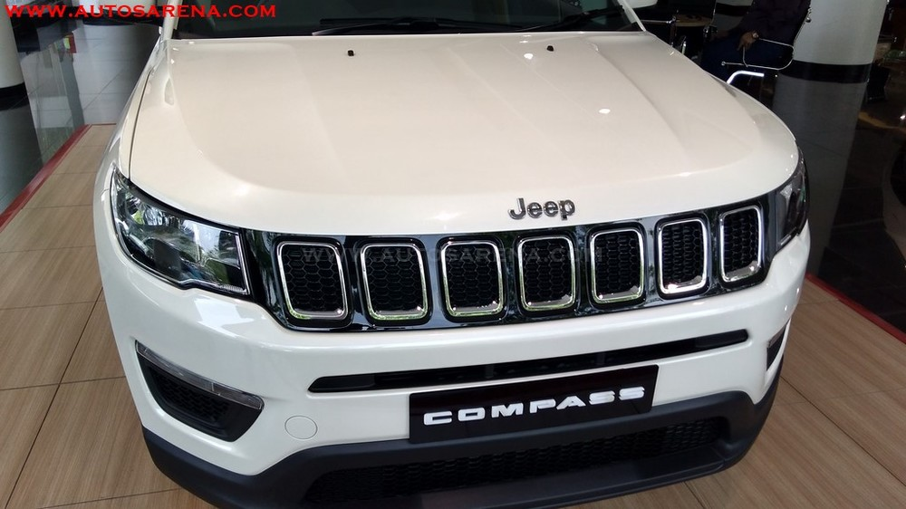 Jeep-Compass-SPORT-base-variant-27.jpg