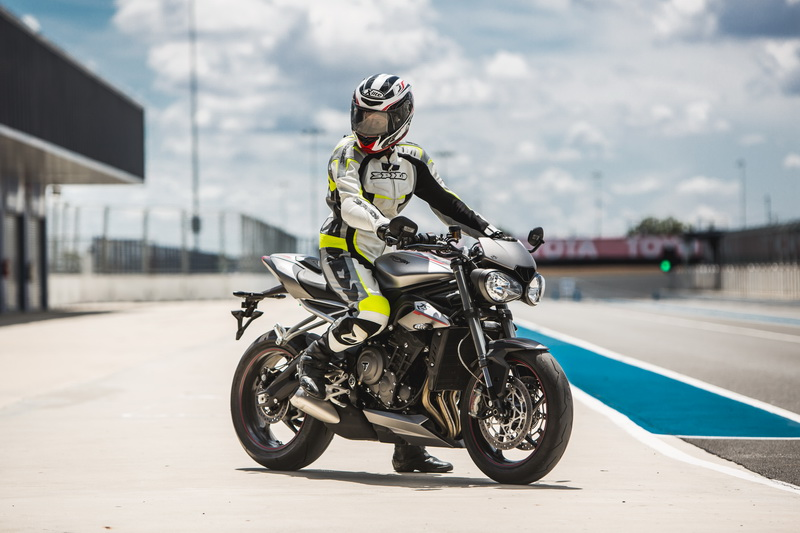 Triumph Street Triple Rs Launched At Inr 1055 Lakh Indian Bikes