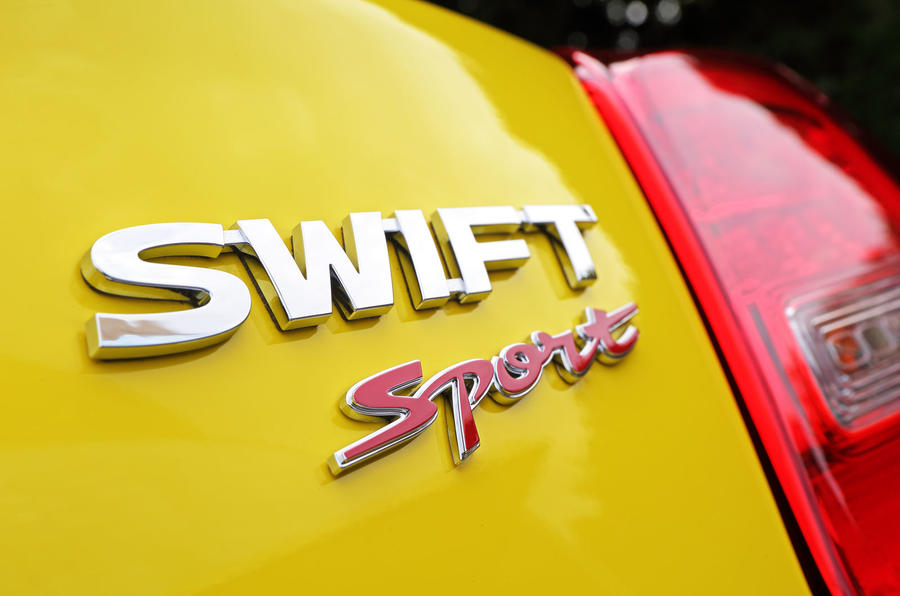 suzuki-swift-sport-badging.jpg