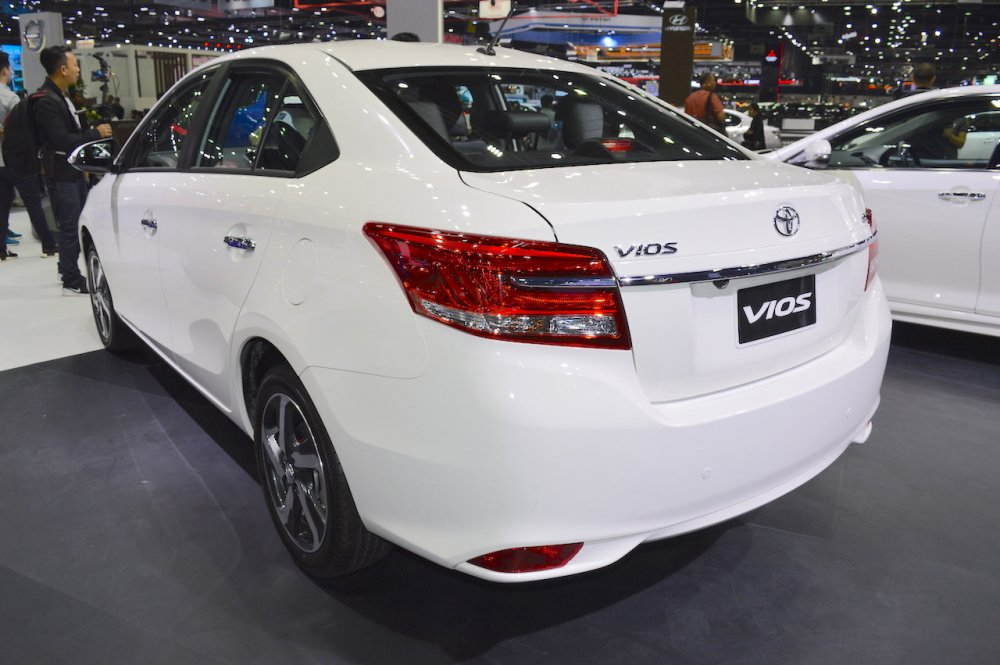 2017-Toyota-Vios-rear-three-quarters-at-2017-Thai-Motor-Expo.jpg
