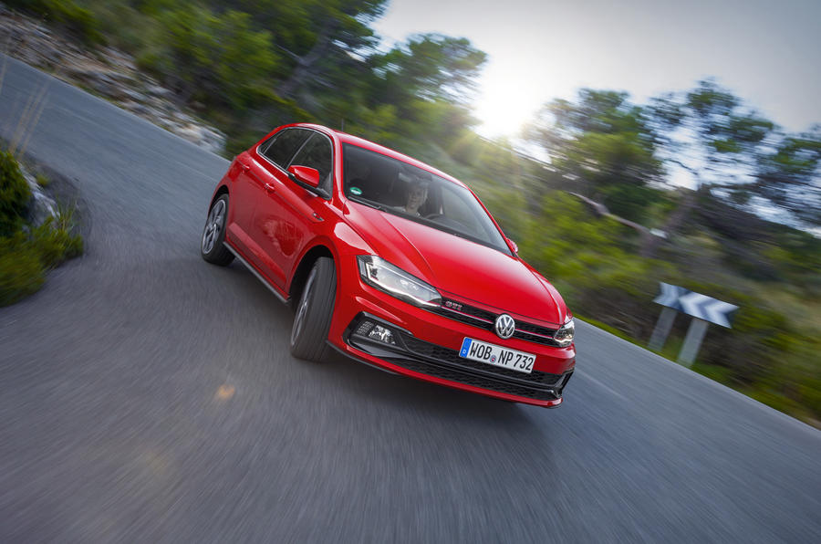 volkswagen-polo-gti-hot-hatch.jpg