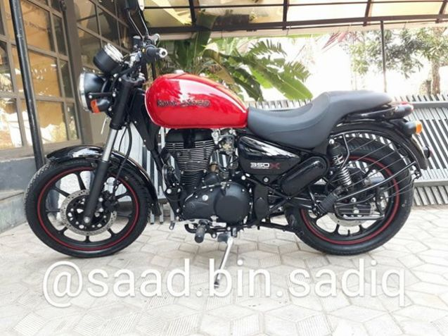 Royal-Enfield-Thunderbird-350X-Red-spied-ahead-of-launch-left-side.jpg