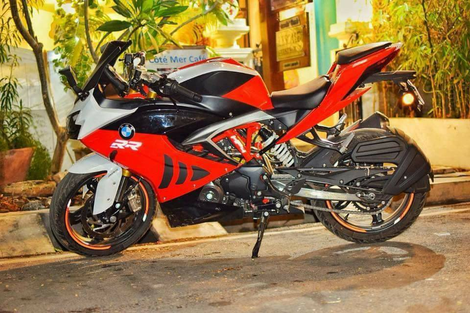 TVS-Apache-RR-310-with-BMW-S-1000-RR-livery-left-side.jpg