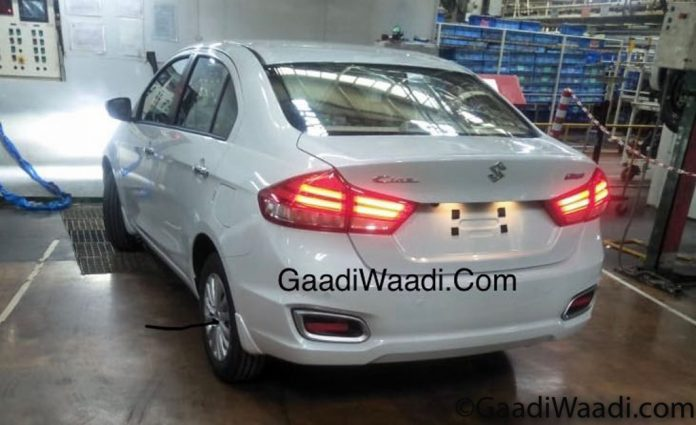 2018-Maruti-Suzuki-Ciaz-Spied-Inside-And-Out-Ready-For-Launch-696x425.jpg