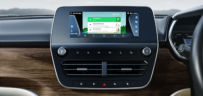 Floating-Island-Touch-Screen-Infotainment-System.jpg
