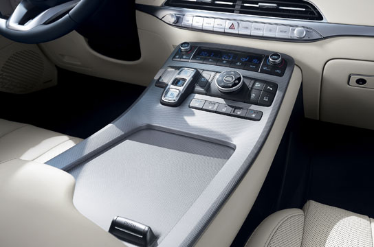 palisade-lx2-highlights-center-console-original.jpg
