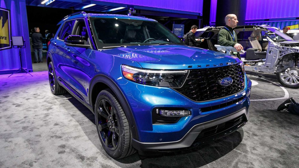 2020-ford-explorer-st.jpg