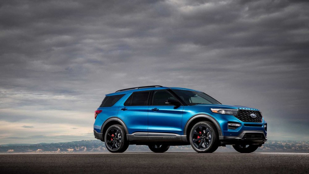 2020-ford-explorer-st (3).jpg