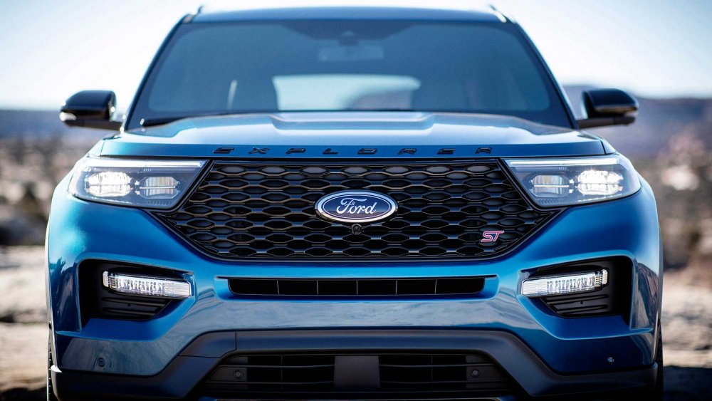 2020-ford-explorer-st (7).jpg