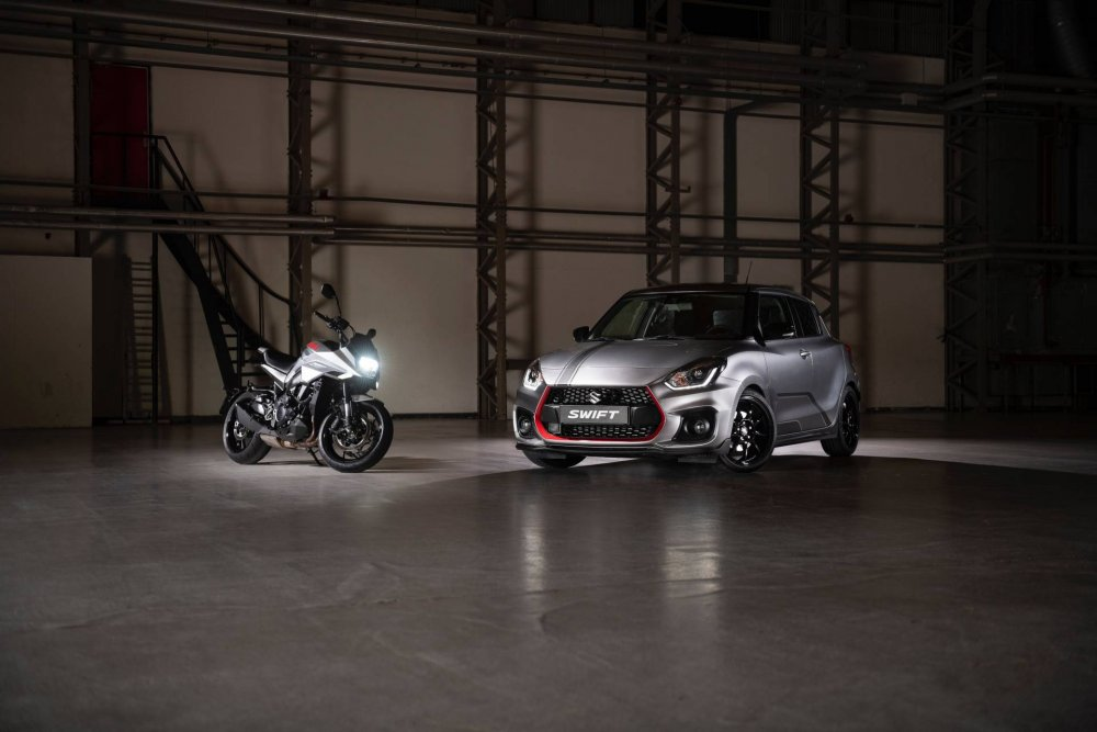 2d2062c6-2019-suzuki-swift-sport-katana-limited-edition-13.jpeg