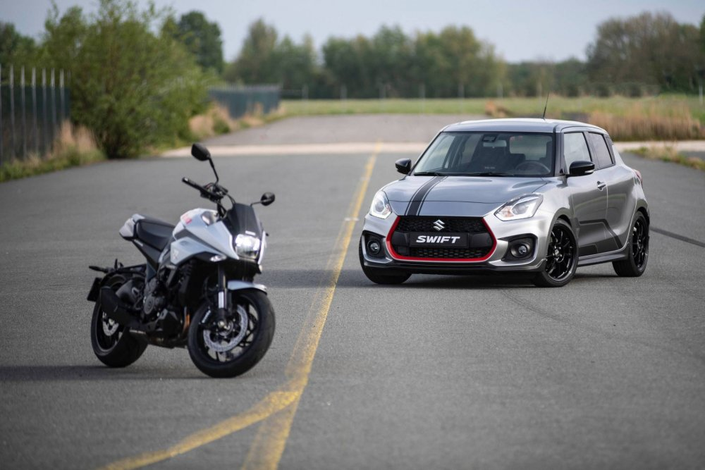 8cd3a4e1-2019-suzuki-swift-sport-katana-limited-edition-5.jpeg