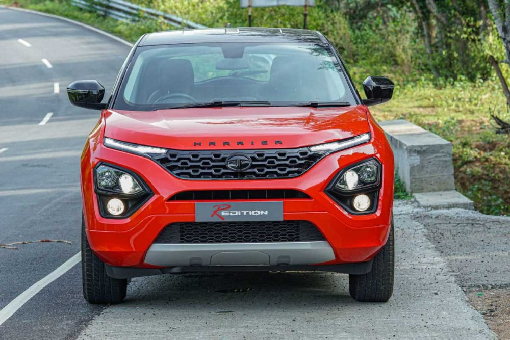 Customised-Tata-Harrier-Dual-Tone-3.jpg