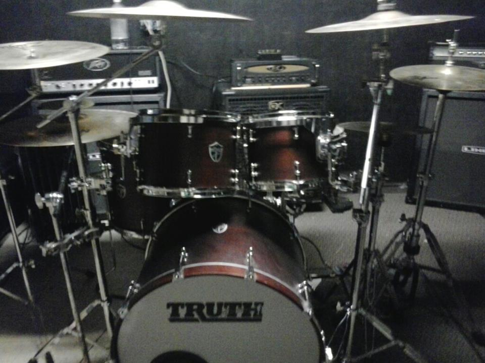 FT- Truth Custom Matt Greiner Signature Drum Kit For Amp