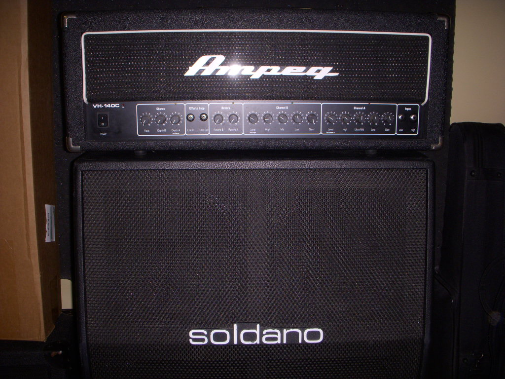 FS/FT: Ampeg VH140C - Amps - Harmony Central