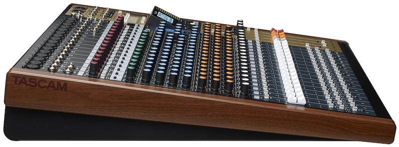 model24-side-df0a98cf.jpg.0436f154c49230255143c09b1e7c99e7.jpg
